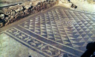 Municipio di Plestia, mosaico della domus